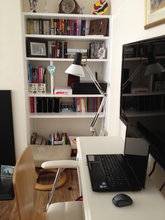 Desk.JPG sue
